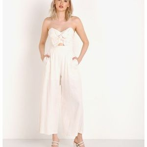 Mara jumpsuit with cut out